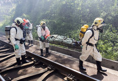 Gente tóxica del rescate de la emergencia de las sustancias químicas Fotografía de archivo
