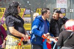 Gente vestida en el carnaval en Xanthi, Grecia del noreste fotos de archivo libres de regalías