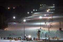 Gente y esquí Foto de archivo libre de regalías