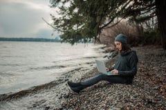 Gente y tecnología fotografía de archivo libre de regalías
