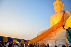 Gentil de la statue de Bouddha Images libres de droits