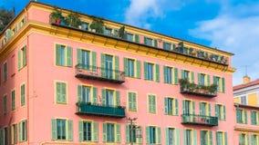Gentil, France, façade rose image libre de droits