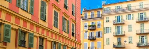 Gentil, France, fa?ade color?e image stock