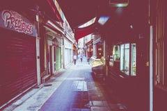GENTIL, LA FRANCE - 5 JUIN 2019 : Rue étroite dans la vieille partie de Nice, France images stock