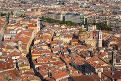 GENTIL, LA FRANCE - 4 JUIN 2019 : Vue de vieille ville à Nice ` Azur France de Cote d france photo stock