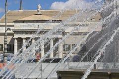 Genua, Itali? 04/05/2019 Voorgevel van Carlo Felice Theater royalty-vrije stock fotografie