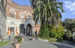 Genua, Ligurië, Italië, Europa, het kasteel van albertis stock afbeeldingen