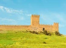 Genueńscy forteczni cog wierza stojaki na wierzchołku Fotografia Royalty Free