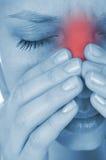 疼痛genyantritis,显示红色 免版税库存照片
