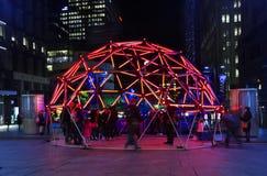 Geo焕发圆顶在生动的节日期间的马丁位置悉尼 免版税库存图片