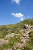 Geo足迹远足在Lesachtal克恩顿州奥地利的Wolayersee 库存照片
