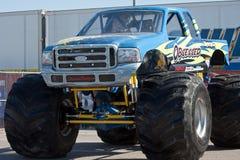 Geobsedeerde de Vrachtwagen van het monster Stock Foto