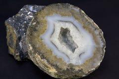 Geode y roca del lave Imagen de archivo