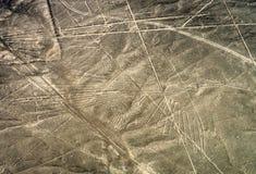 Geoglyphs e linhas no deserto de Nazca peru foto de stock