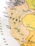 Geografische kaart van Peru met belangrijke steden stock foto's
