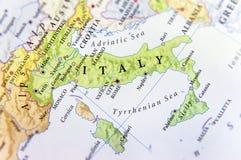 Geografisk översikt av det europeiska landet Italien med viktiga städer Royaltyfri Bild