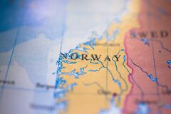 Free Geographical Map Location Of Country Norway In Europe Continent On Atlas Stock Photos - 182251803