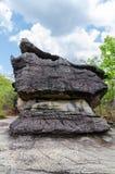 Geologiskt bildande av stenberget Arkivfoton