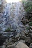 Geologiskt särdrag av vattenfallet för Los Tercios nära Suchitoto fotografering för bildbyråer