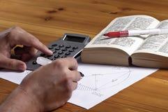geometria kalkulatorski mężczyzna fotografia royalty free