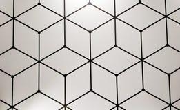 geometrical wzór z czerni linii sześcianami na białej ścianie zdjęcie royalty free