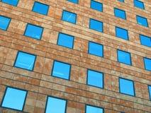 Geometrische Fassade Lizenzfreie Stockbilder