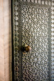 Geometrische Muster der Osmane auf Metalltüren Lizenzfreie Stockfotografie