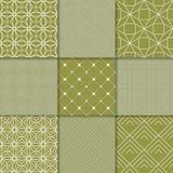 Geometrische Verzierungen des Olivgrüns Ansammlung nahtlose Muster Stockfotos