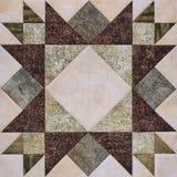 Geometrischer Block des Patchworks von den Stücken Geweben, Detail der Steppdecke Lizenzfreie Stockfotografie