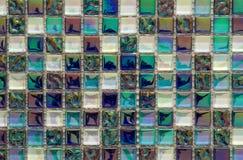 Geometrisches blaues, purpurrotes und grünes Mosaikfliesenmuster tapete Stockbild