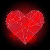 Geometrisches rotes Herz des Origamis auf schwarzem Hintergrund mit Aquarell spritzt Lizenzfreie Stockfotografie
