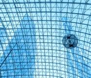 Geometrisk abstrakt bakgrund - del av ett modernt tak Fotografering för Bildbyråer