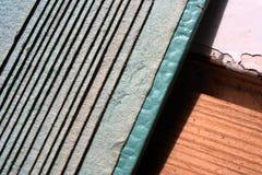 Geometrisk bakgrund med hantverkpapper Royaltyfri Foto