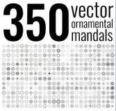 Geometrisk rund prydnaduppsättning Isolerade vektormandalas Arkivfoton