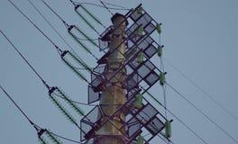 Geometriska former i industriell energi Arkivbilder