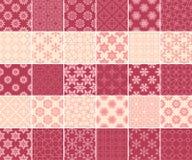 Geometryczna i kwiecista kolekcja bezszwowi wzory Czereśniowej czerwieni i beżu tła royalty ilustracja