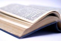 Geopend oud boek Stock Foto