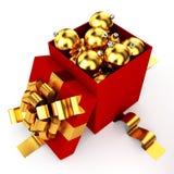 Geopende doos gevulde Kerstmissnuisterijen Royalty-vrije Stock Foto's
