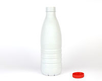Geopende plastic fles Stock Foto