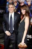 George Clooney και Sarah Larson Στοκ εικόνες με δικαίωμα ελεύθερης χρήσης