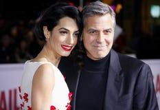 George Clooney et Amal Clooney Photographie stock libre de droits