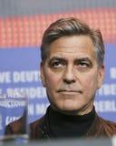 George Clooney uczęszcza ` grad, Caesar! ` Zdjęcia Royalty Free