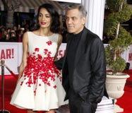 George Clooney und Amal Clooney Stockfotos