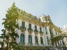 George Enescu Museum inhyste i Art Nouveau Cantacuzino Palace royaltyfri bild