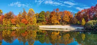 George Lake Panorama Imágenes de archivo libres de regalías