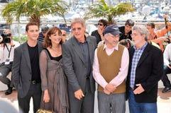 George Lucas, Harrison Ford, Karen Allen, La Shia Beouf, Steven Spielberg, os cristais Foto de Stock