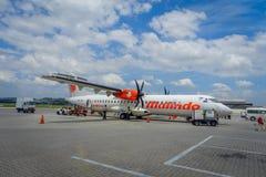 George Town, Malaisie - 10 mars 2017 : Avion de Malindo dans l'aéroport de Penang, filiale au deuxième plus grand petit prix Photographie stock libre de droits