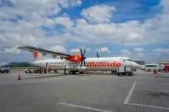 George Town, Malaisie - 10 mars 2017 : Avion de Malindo dans l'aéroport de Penang, filiale au deuxième plus grand petit prix Photographie stock