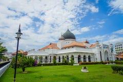 George Town Malaysia - mars 10, 2017: Kapitan Keling moské som byggs i det 19th århundradet av indiska muslimska affärsmän och Royaltyfria Bilder