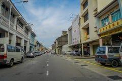 George Town Malaysia - mars 10, 2017: Streetscapesikt av byggnader och dagligt liv av den andra - största staden in Royaltyfria Foton